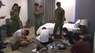 Bắt quả tang hàng chục dân chơi xứ Huế 'phê' ma túy trong khách sạn