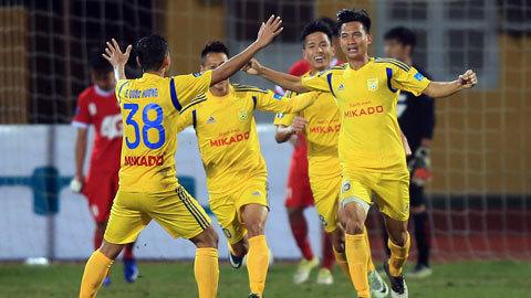 HLV Nguyễn Văn Sỹ nói gì trước trận quyết đấu SLNA ?