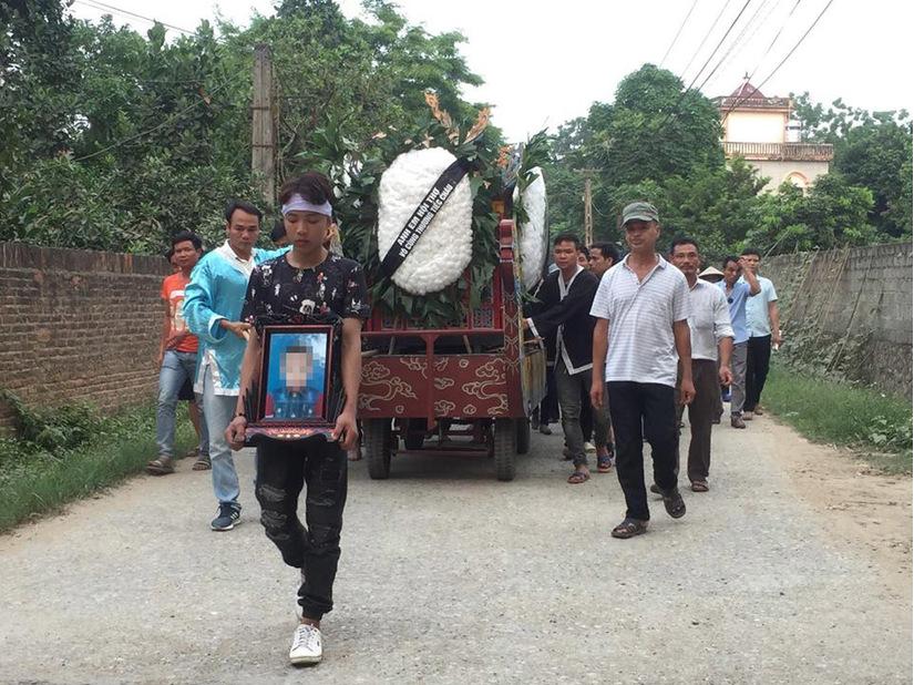 Cháu 8 tuổi bị bác rể sát hại dã man ở Hà Nội