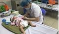 Không tiêm vắc xin, nhiều trẻ viêm não biến chứng thần kinh nguy hiểm