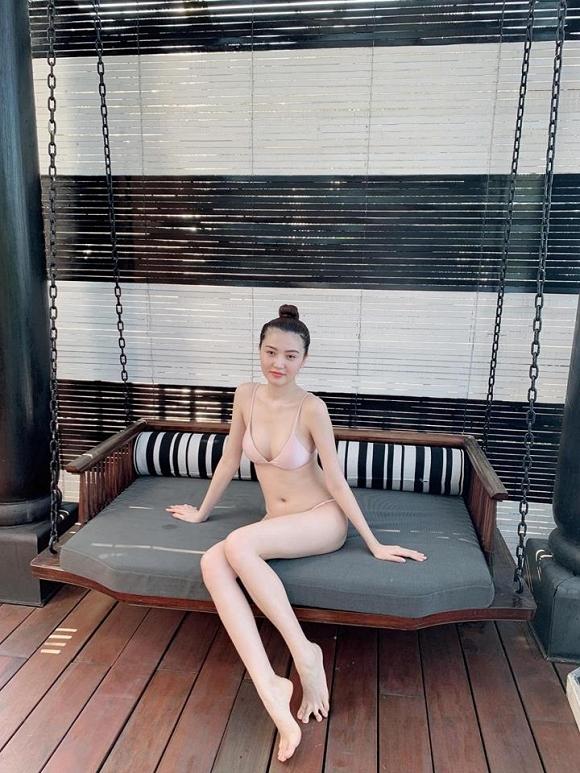Nghỉ lễ 30/4-1/5, sao Việt đua nhau diện bikini khoe đường cong