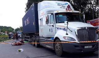 Container cán người phụ nữ bị chết thảm trên đường về nhà sau nghỉ lễ