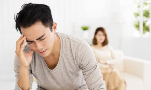 Chồng đệ đơn ly hôn với lý do 'nhạy cảm' khiến tôi muốn độn thổ vì xấu hổ