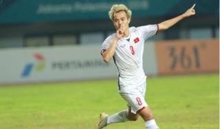 'Văn Toàn xứng đáng một suất đá chính ở đội tuyển Việt Nam'