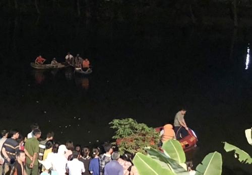Cụ ông 79 tuổi uống rượu say rồi ngã xuống sông tử vong