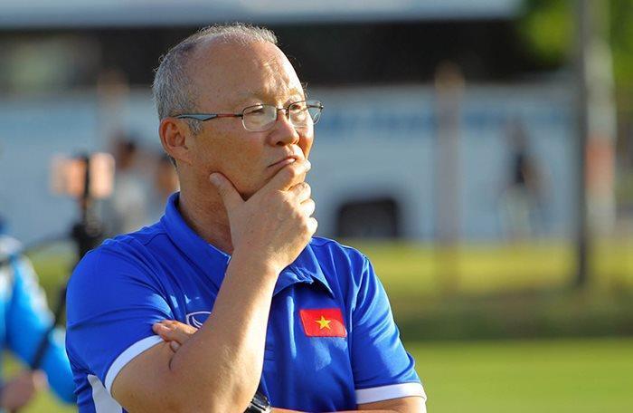 HLV Park Hang Seo chưa quyết định chọn Alexander Đặng