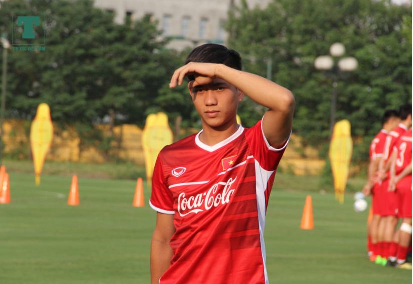 Đội tuyển Việt Nam nguy cơ không có được sự phục vụ của tiền đạo Phan Văn Đức ở trận đấu với Thái Lan