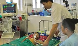 Uống thuốc lá dân tộc chữa sốt, bé trai 5 tuổi ở Nghệ An nguy kịch