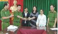 Thanh Hoá: Nhặt được 120 triệu đồng, người phụ nữ trả lại cho người bị mất