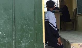 Một học sinh ở Hà Nội bị cô giáo phạt quỳ trong lớp học gây xôn xao