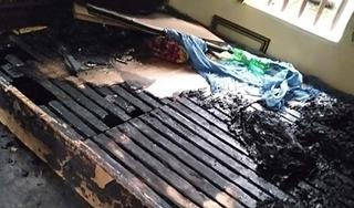 Diễn biến mới nhất vụ con gái đổ xăng thiêu sống mẹ đẻ ở Hà Nam