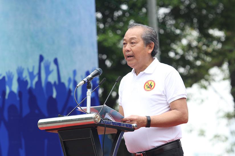 Phó Thủ tướng Trương Hòa Bình kêu gọi Đã uống rượu, bia không lái xe 2