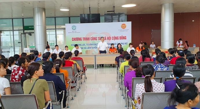 Hàng trăm phụ nữ Hà Nam được sàng lọc ung thư vú miễn phí