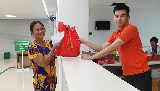Hàng trăm phụ nữ Hà Nam được sàng lọc ung thư vú miễn phí 4