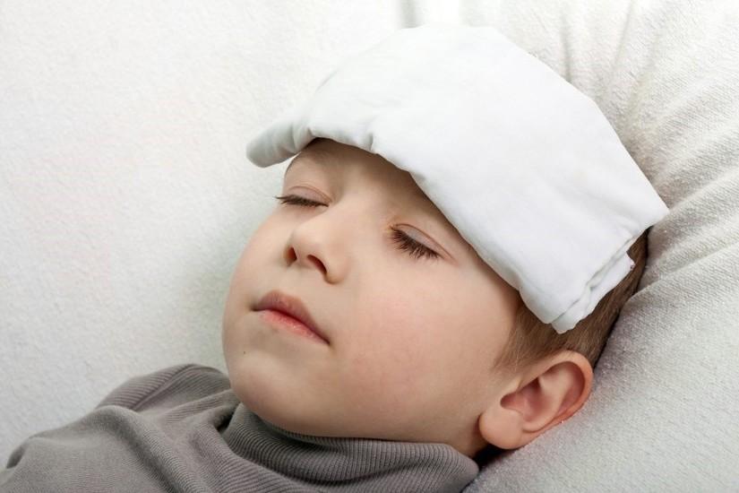 Giải pháp hạ sốt an toàn hiệu quả cho trẻ nhỏ