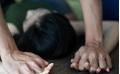 Người đàn ông chặn xe bé gái 9 tuổi, bế vào nhà hiếp dâm