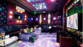 Nữ nhân viên 15 tuổi chết trong quán karaoke ở Hải Phòng do sốc ma túy?
