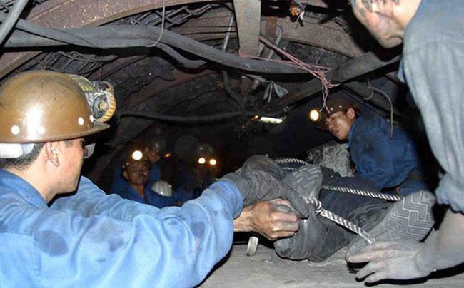 Quảng Ninh: Cháy khí mê tan trong lò, 5 công nhân thương vong