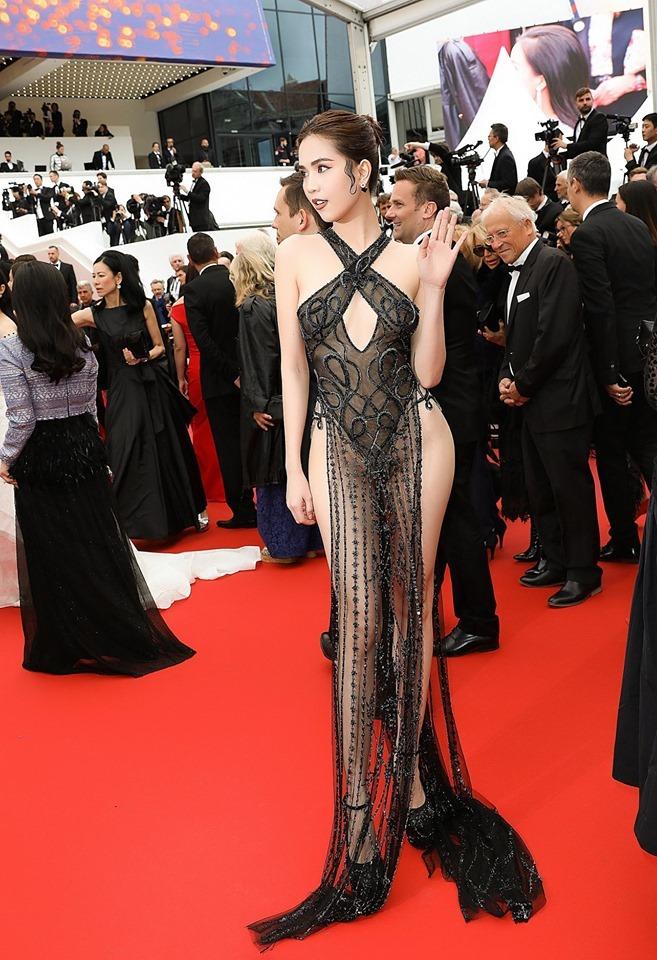 Ngọc Trinh bị chê mặc hở hang, phản cảm tại LHP Cannes 2019