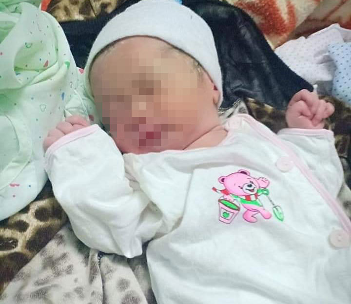 Hải Phòng: Bé gái sơ sinh bị bỏ rơi trước cửa trạm y tế xã