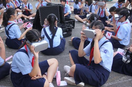 Học sinh hào hứng tiết học với công nghệ 4.0