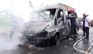 Trên đường đến viện thăm mẹ thì xe khách bốc cháy, bé trai 14 tuổi tử vong thương tâm
