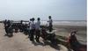 Tá hỏa phát hiện thi thể người đàn ông không quần áo, mất đầu ở bờ biển