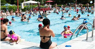 Kết quả kiểm tra gây sốc: Một bể bơi công cộng có 60 lít nước tiểu