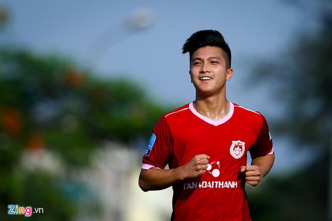 Tiền vệ Martin Lo chính thức được triệu tập lên U22 Việt Nam