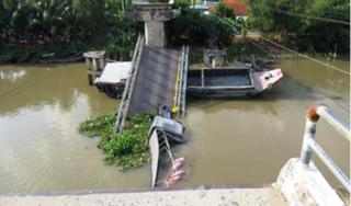 Nguyên nhân vụ sập cầu BOT khiến xe tải rơi xuống kênh ở Đồng Tháp