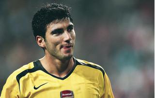 Cựu sao Arsenal và Real Madrid qua đời vì tai nạn giao thông