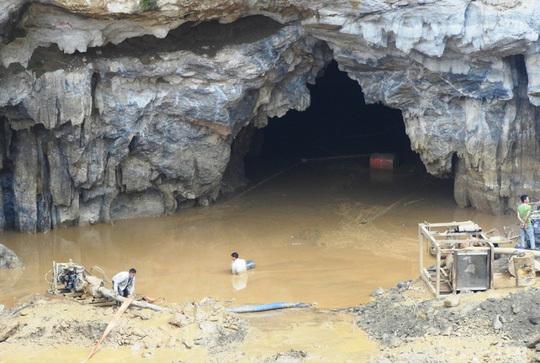 Chủ mỏ khai thác vàng trái phép khiến 2 người tử vong ở Hòa Bình lĩnh án