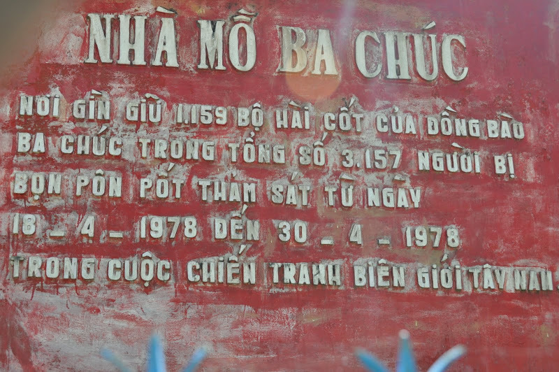 Tội ác diệt chủng: U uất tiếng sáo gọi hồn của người đàn ông có vợ và 5 con bị sát hại trong hang đá