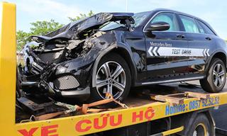 Đà Nẵng: Xế sang Mercedes chạy thử gây tai nạn liên hoàn
