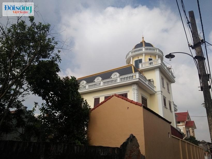 Chiêm ngưỡng lâu đài tiền tỷ của Phó Chũ tịch xã Tân Tiến