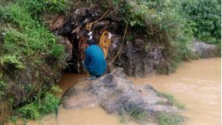 Người đàn ông mắc kẹt 8 ngày trong hang ở Lào Cai: Cơ hội sống rất mong manh