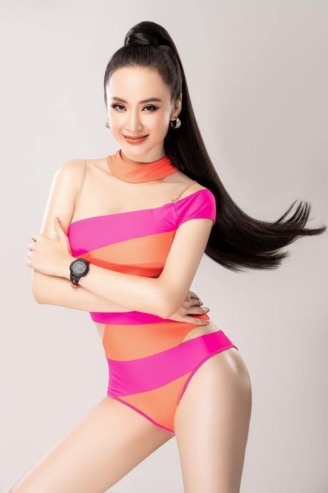 Angela Phương Trinh bất ngờ tung bộ ảnh áo tắm sau một thời gian ở ẩn