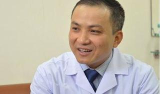 Tâm sự xúc động của bác sĩ 7 lần mổ để cứu đôi chân cho 1 bệnh nhân