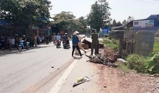 Thanh Hoá: Xe tải chở đất tông trực diện xe máy, 3 người thương vong