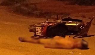 Hòa Bình: Phát hiện người đàn ông gục chết cạnh chiếc xe máy
