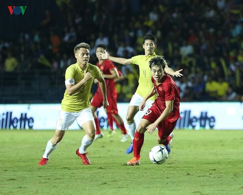 Liên đoàn bóng đá Thái Lan bị báo chí nước này chỉ trích thậm tệ