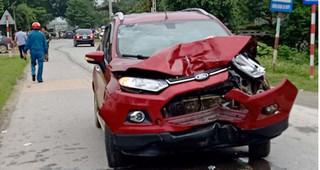 Đình chỉ công tác thiếu úy công an lái xe tông 2 người tử vong tại Thanh Hoá