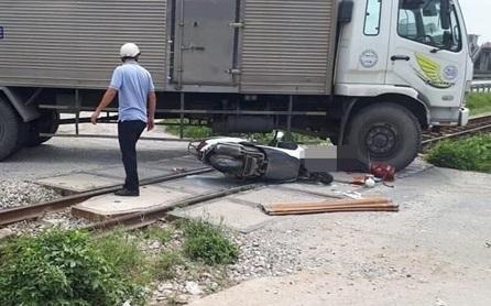 Hải Dương: Xe ô tô tải va chạm xe máy, một người tử vong