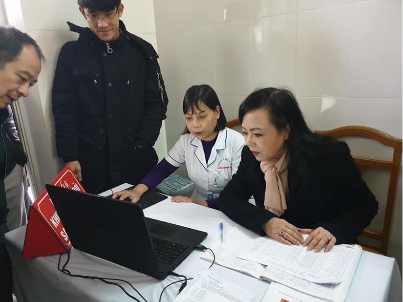 Bộ trưởng Y tế: Bệnh nhân sốt, đau đầu cũng vào tuyến trung ương khiến các bệnh viện quá tải trầm trọng 2