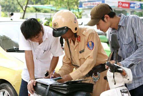 Cục CSGT nói gì đề xuất phạt chủ xe không sang tên?