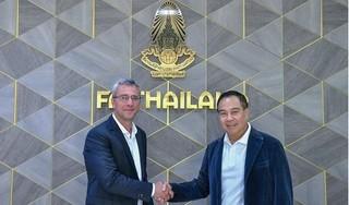 Liên đoàn bóng đá Thái Lan bổ nhiệm cựu HLV Barcelona làm GĐKT