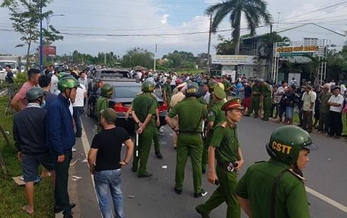 Thực hư vụ giang hồ bao vây xe 4 chỗ chở 2 công an ở Đồng Nai