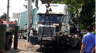 Lời khai của tài xế container tông xe con khiến 5 người tử vong