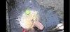 Youtuber đổ nguyên thau trứng lên đầu mẹ lên tiếng xin lỗi, dân mạng bức xúc đòi xoá kênh