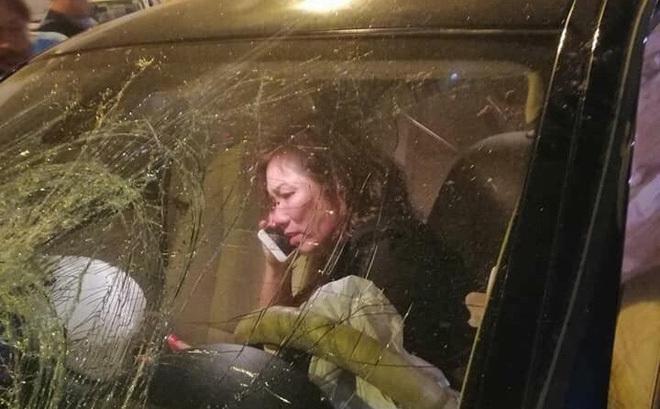 Luật sư tiết lộ nữ tài xế lái xe BMW gây tai nạn ở Hàng Xanh có hoàn cảnh khó khăn